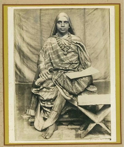 A Rare Photo Of Sri Maha Periyava…